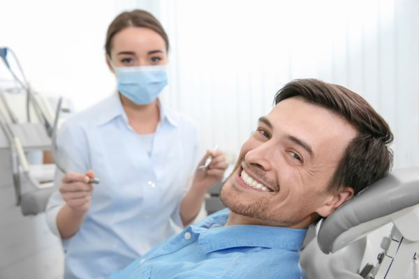 Teeth Whitening And Sensitivity: Can You Avoid It?